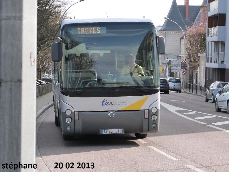 Cars et Bus de la région Champagne Ardennes - Page 4 P1070715