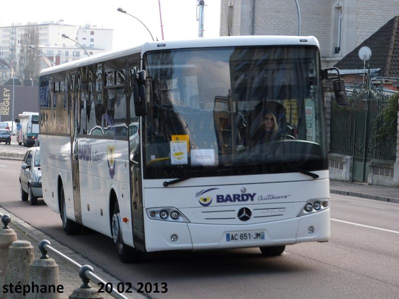 Cars et Bus de la région Champagne Ardennes - Page 4 P1070716