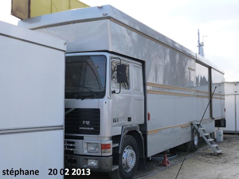 Les Camions des forains - Page 3 P1070728