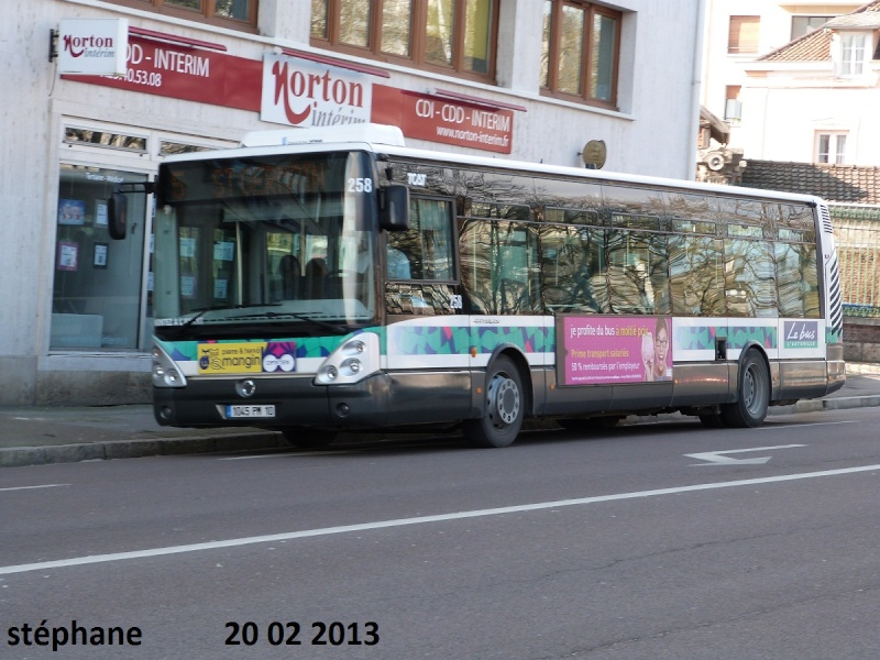 Cars et Bus de la région Champagne Ardennes - Page 4 P1070812