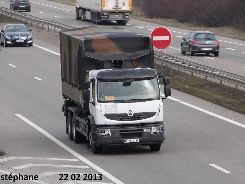 Renault Premium Lander dans les Armées françaises P1070982