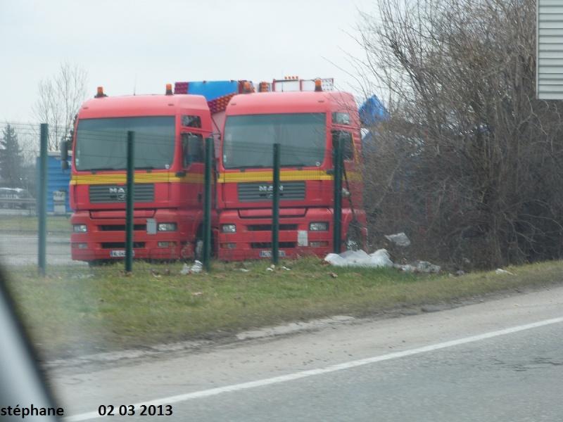 Les Camions des forains - Page 3 P1080440