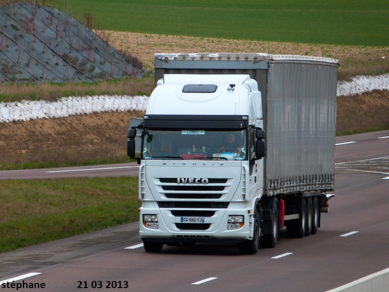 Iveco Stralis  - Page 4 P1090119