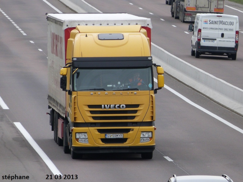Iveco Stralis  - Page 5 P1090243