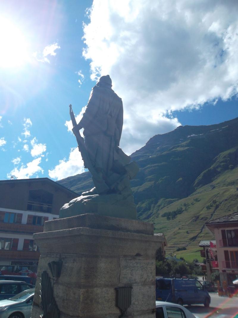 monument* - Les monuments aux morts que vous trouvez magnifiques ou atypiques Sam_2311