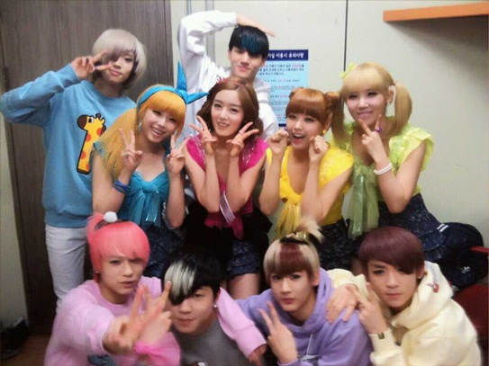 [Teen Top] - [Secret] TEEN TOP performs 'Shy Boy' with SECRET and 'Supa Luv A-Rex Remix' on Music Bank 20110245
