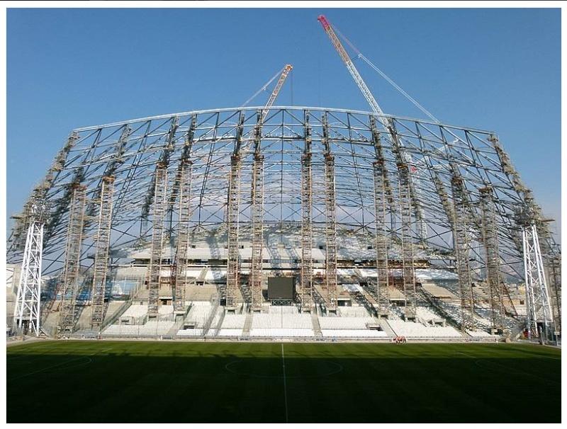 Stade Vélodrome (67,000 places fin estimée Juin 2014) - Page 2 2013-010