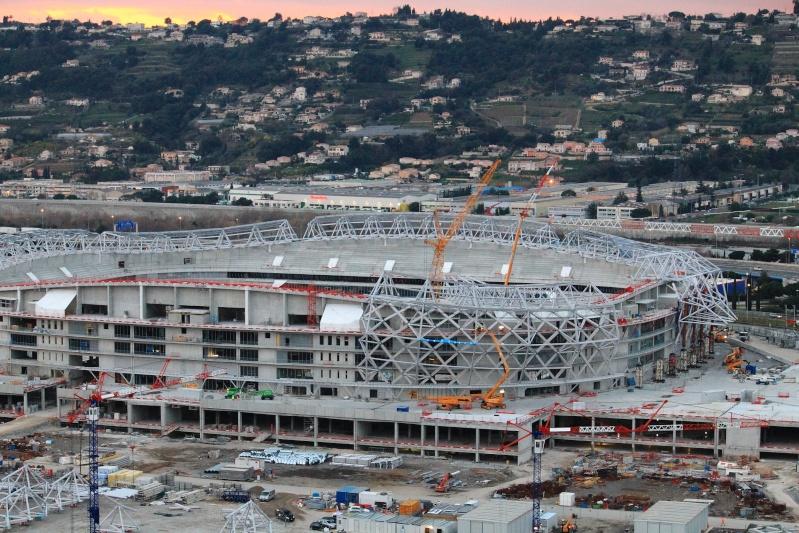 Allianz Riviera (33,470 places fin estimée été 2013)  Img_1710