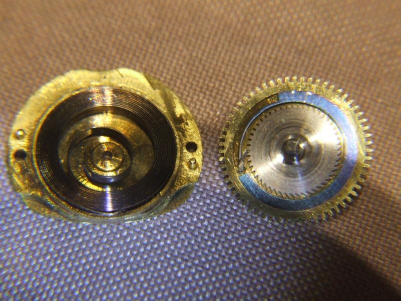 Mouvement à cylindre peu courant Dscf2516