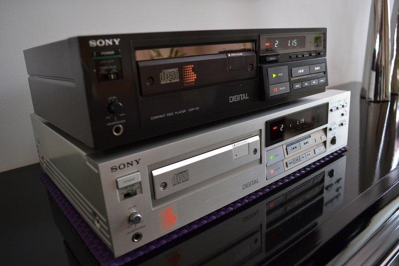 Lecteur Cd Sony CDP-111 Dsc_0015
