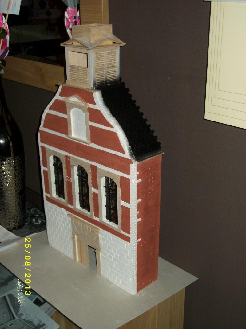 Réquisition des cloches de l'église de Dolhain. Avec un Maultier Mercedes 4500 de Revell 1/35  - Page 2 00211