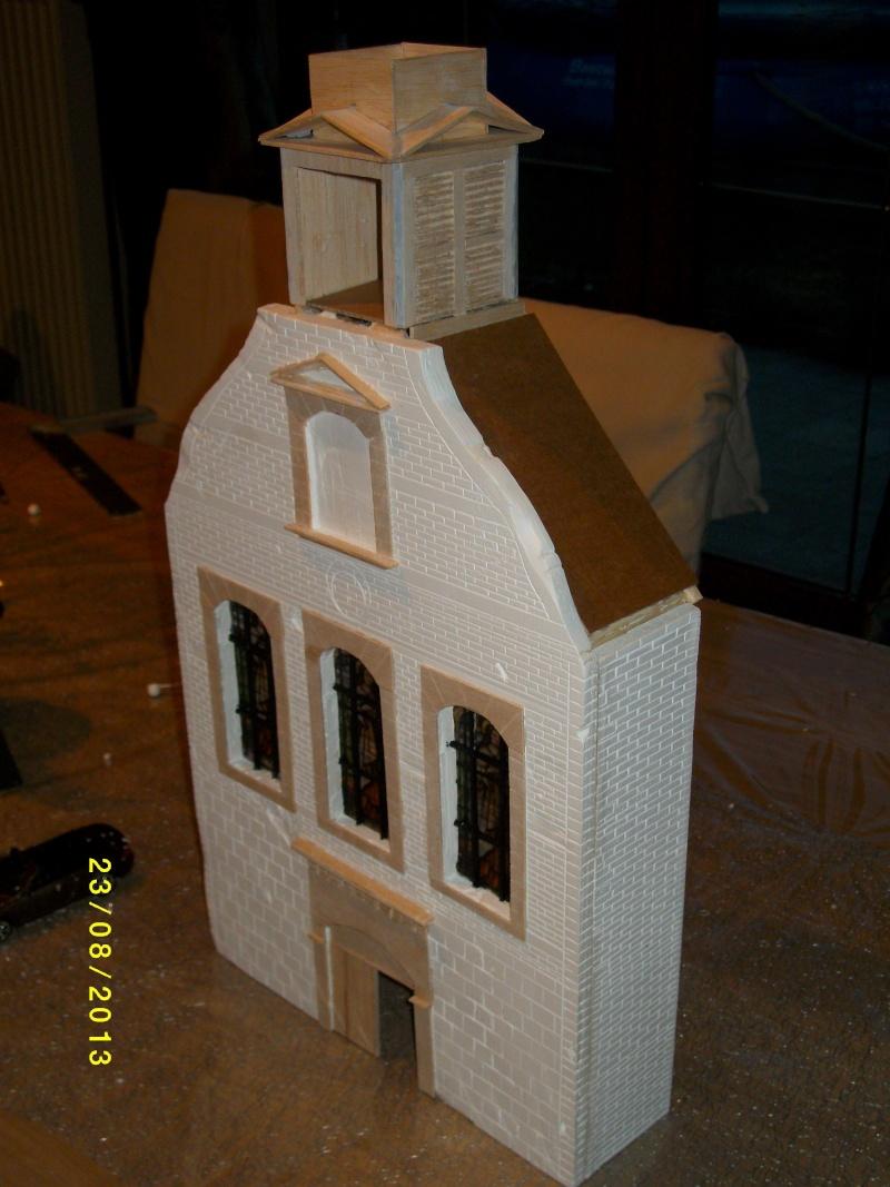 Réquisition des cloches de l'église de Dolhain. Avec un Maultier Mercedes 4500 de Revell 1/35  - Page 2 00511