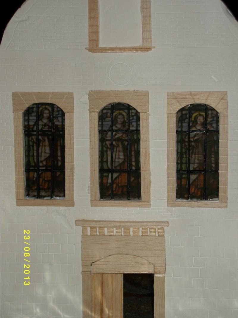 Réquisition des cloches de l'église de Dolhain. Avec un Maultier Mercedes 4500 de Revell 1/35  - Page 2 00810