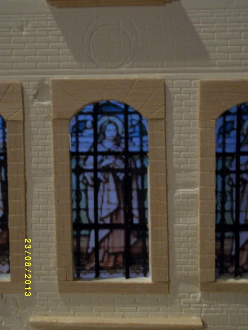 Réquisition des cloches de l'église de Dolhain. Avec un Maultier Mercedes 4500 de Revell 1/35  - Page 2 00912