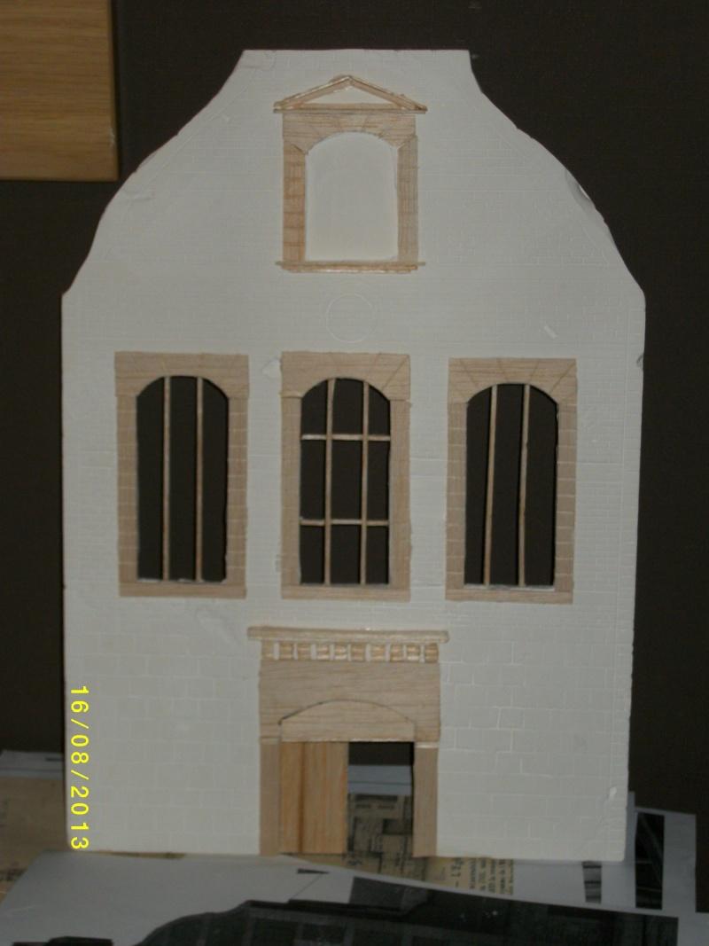Réquisition des cloches de l'église de Dolhain. Avec un Maultier Mercedes 4500 de Revell 1/35  03710