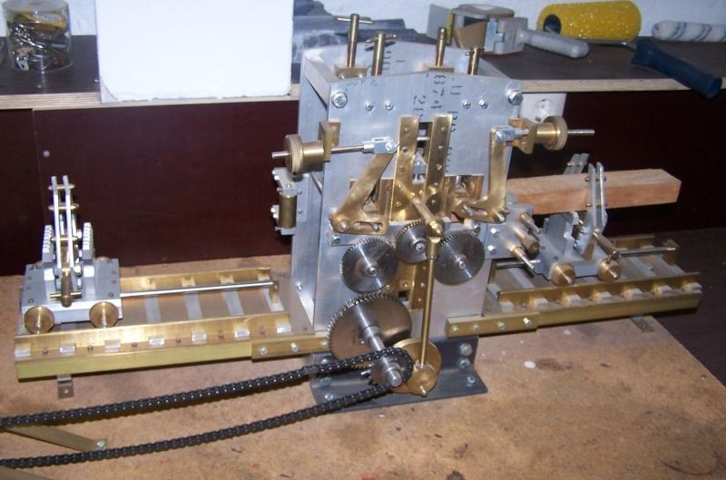 Ein paar Modelldampfmaschinen und Maschinen die mit Dampf angtrieben werden. 100_5315