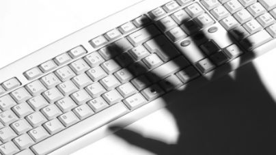 Ngadalësohet interneti ne te gjith boten, nga një sulm masiv hackerash Catego10