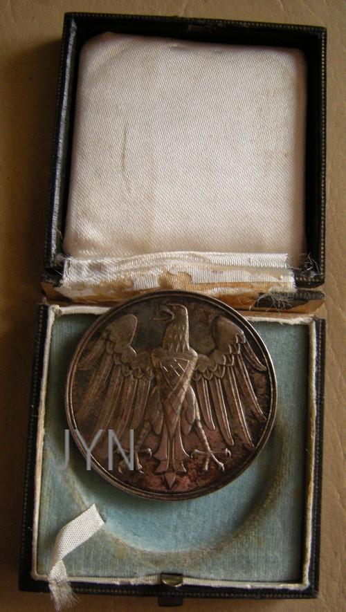 Vos décorations militaires, politiques, civiles allemandes de la ww2 - Page 8 Rettun10