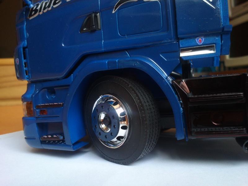 Scania R620 blue-shark  [ ITALERI n°3873 au 1/24° ]  (Modèle terminé) Dsc_0191