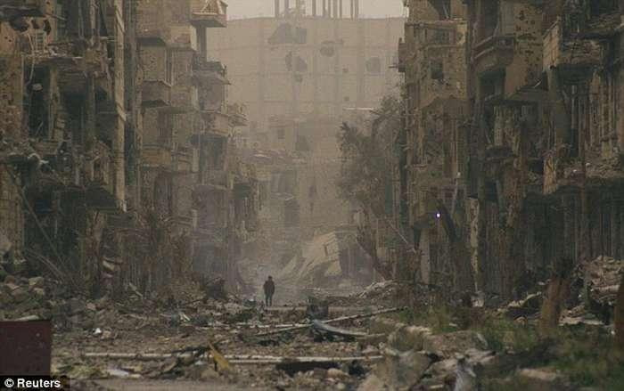 Lufta civile në Siri, pamjet e rralla të shkatërrimit nga bombardimet (FOTO) Siri110