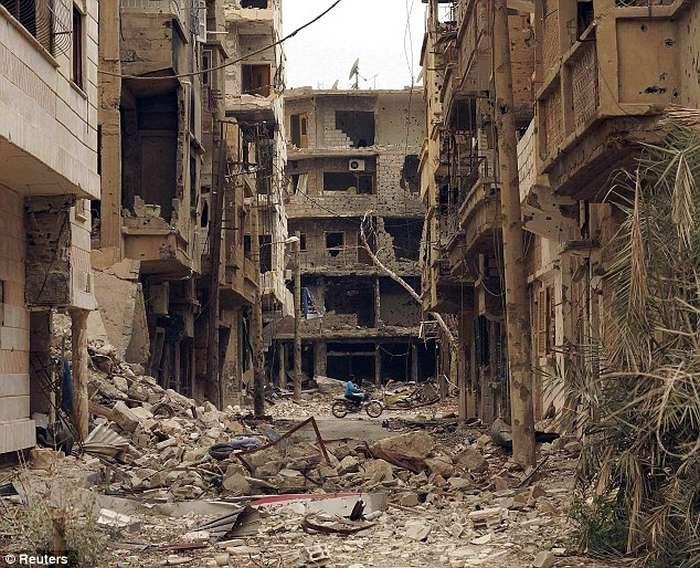 Lufta civile në Siri, pamjet e rralla të shkatërrimit nga bombardimet (FOTO) Siri610