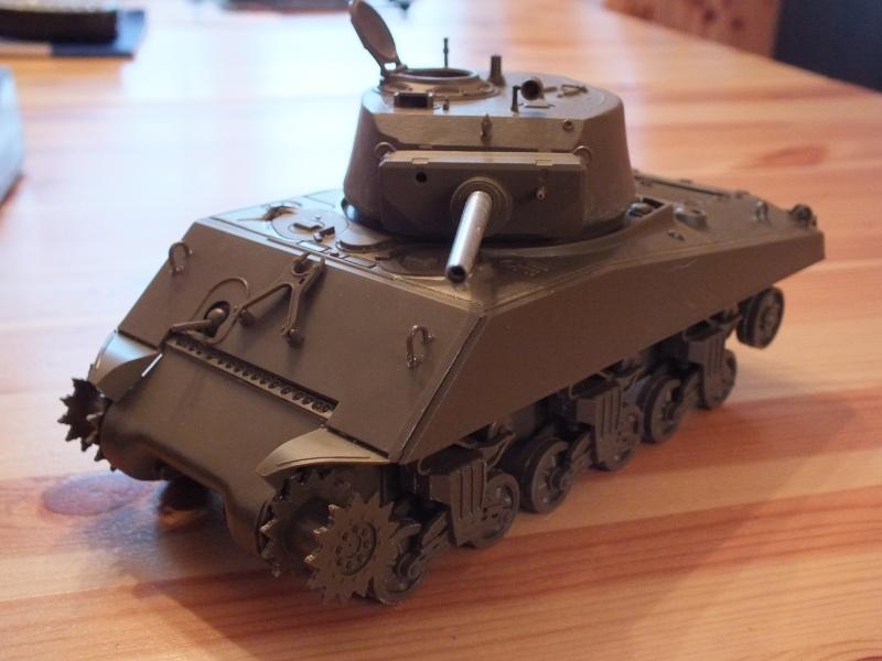 Sherman A3E2  Tamiya 1/35 et canon alu Rb models.  (Patine en cours) Dscf7112