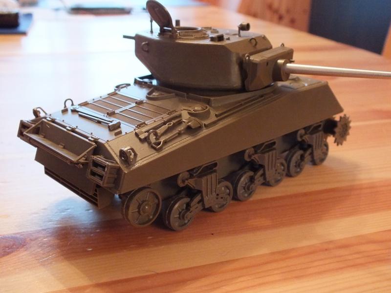 Sherman A3E2  Tamiya 1/35 et canon alu Rb models.  (Patine en cours) Dscf7114
