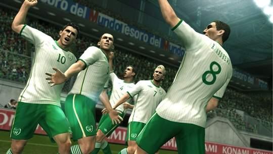أحدث نسخة من لعبة كرة القدم الشهيرة  PES 2013 For Android لأجهزة أندرويد مع ميزات جديدة أكثر 12110