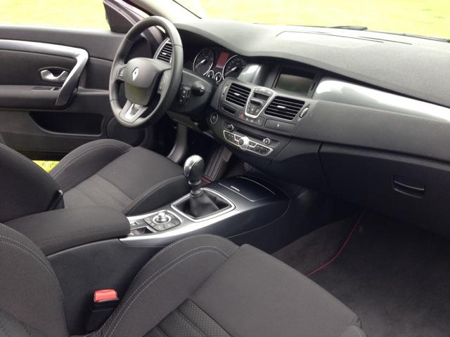 [VENDS] Laguna 3 coupé 2L 150cv Black édition  1_430710