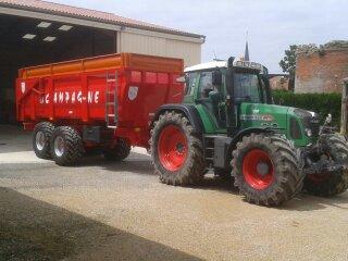 Photos de vos tracteurs - Page 5 Remorq10