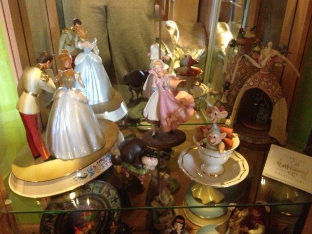 AliceWonderland ma collection :) ma maison :)  Img_1212