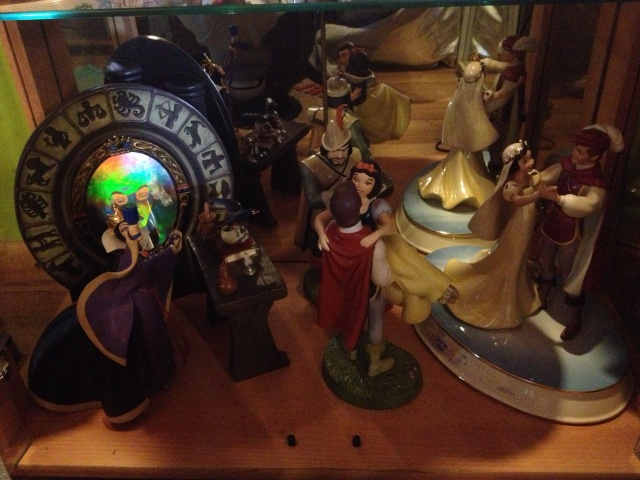 AliceWonderland ma collection :) ma maison :)  Img_1213