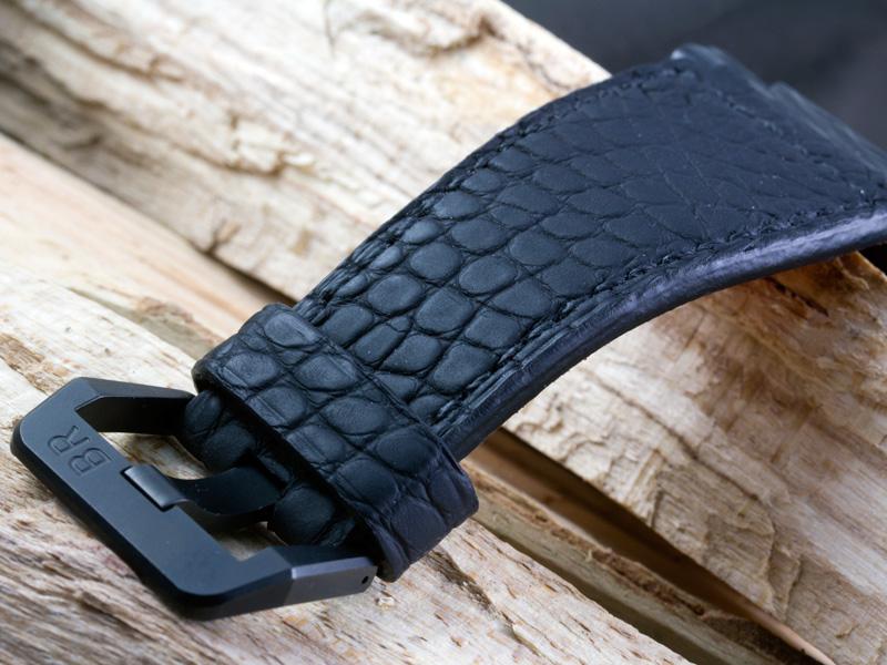 A la recherche de photos de straps sur des BR01 Carbon Fiber Parist11