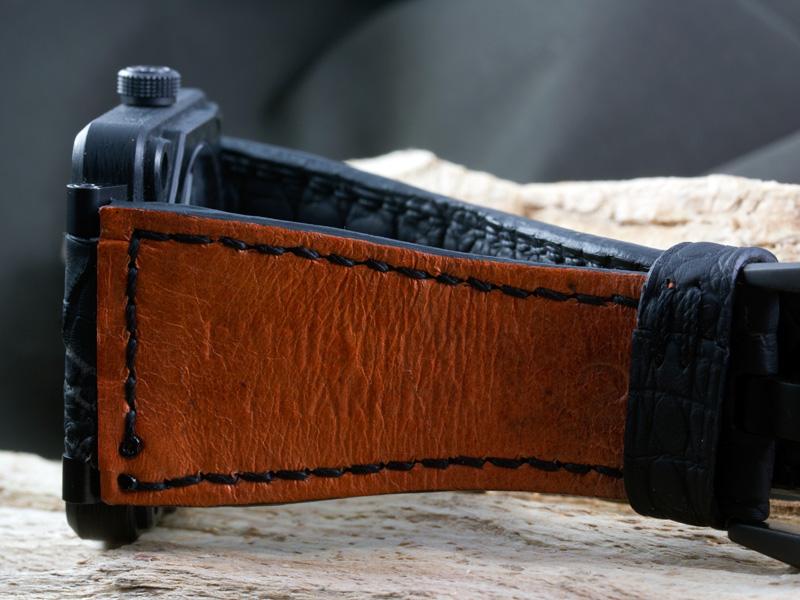 A la recherche de photos de straps sur des BR01 Carbon Fiber Parist14