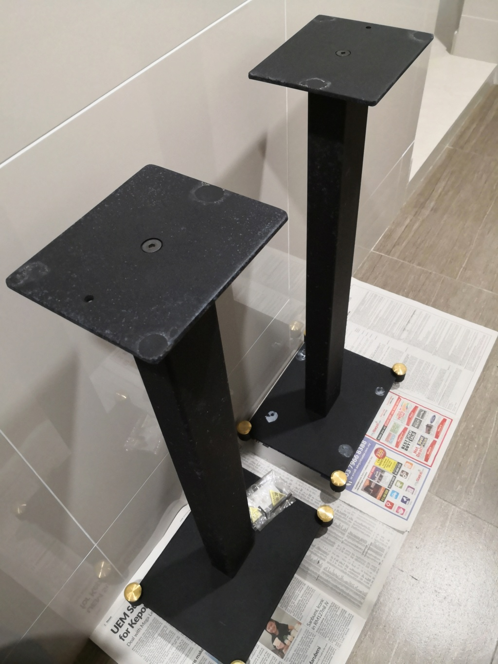 Speaker stand (Sold)  Img_2010
