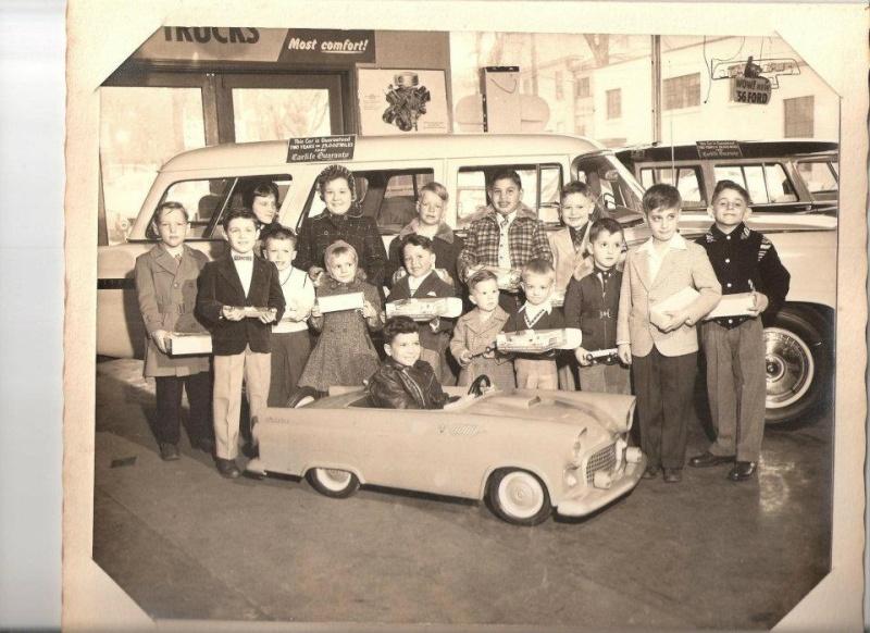 Voitures à pédales - Pedal's car - Page 3 42826610