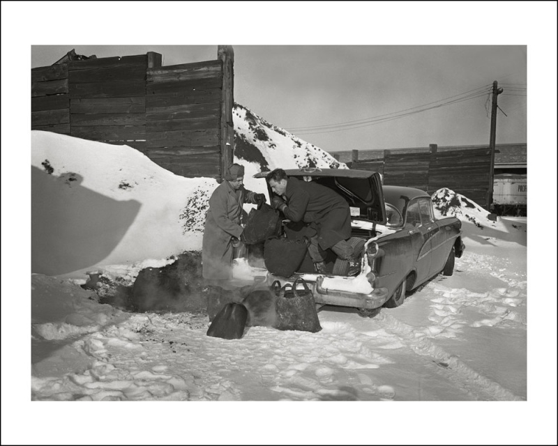 voitures et neige, cars and snow 68605310