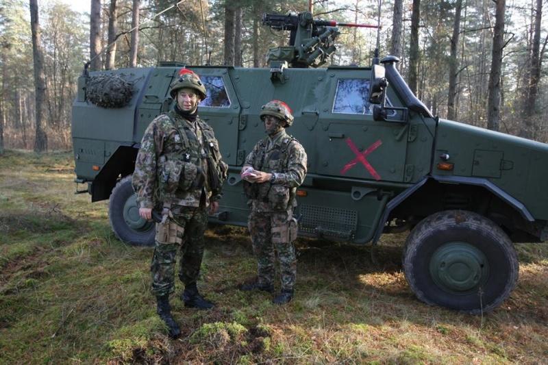 Armée Luxembourgeoise. 2710