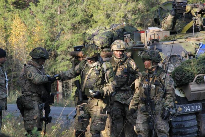 Armée Luxembourgeoise. 3310