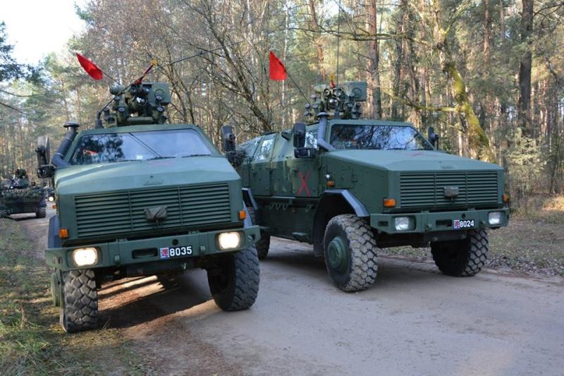 Armée Luxembourgeoise. 3810