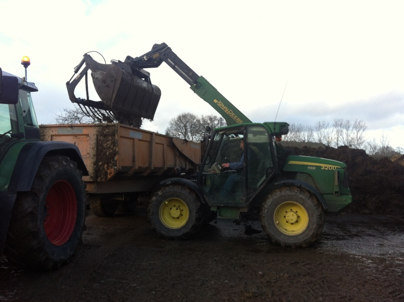 Photos de vos tracteurs - Page 4 Img_3710