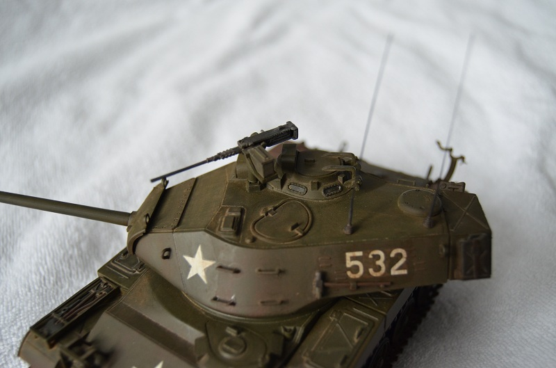 M41 Walker Bulldog (Tamiya 1/35) Véhicule Fini ! - Page 2 Dsc_0018