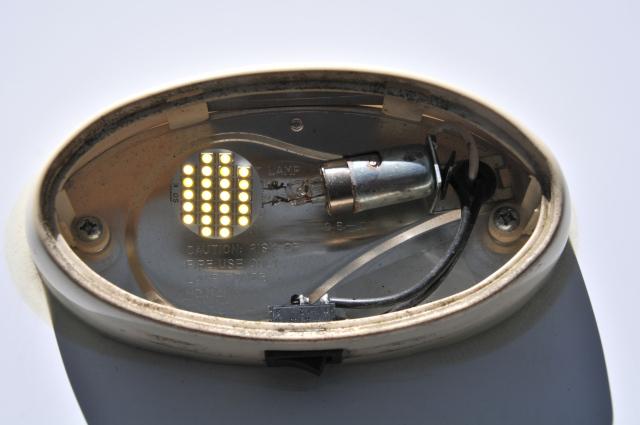 Ajout éclairage DEL - Page 3 Lampe_10