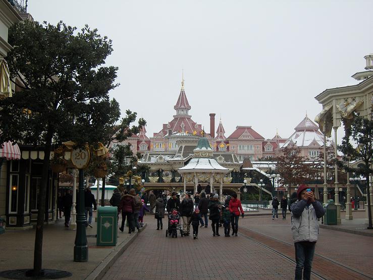 Séjour du 16 au 18 décembre 2012 au séquoia lodge + 1 journée magique - Page 2 Sn151136