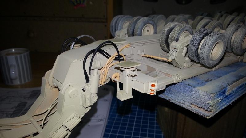 M1070 & M1000 Hobby Boss + photo-découpe E.T. Model 1/35  20141112