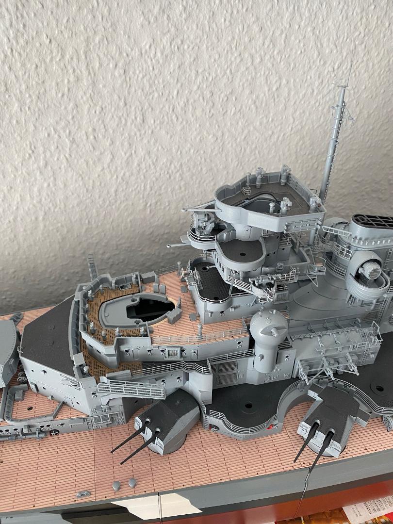 Und noch 'ne Metall-Bismarck - Seite 7 Leitst10