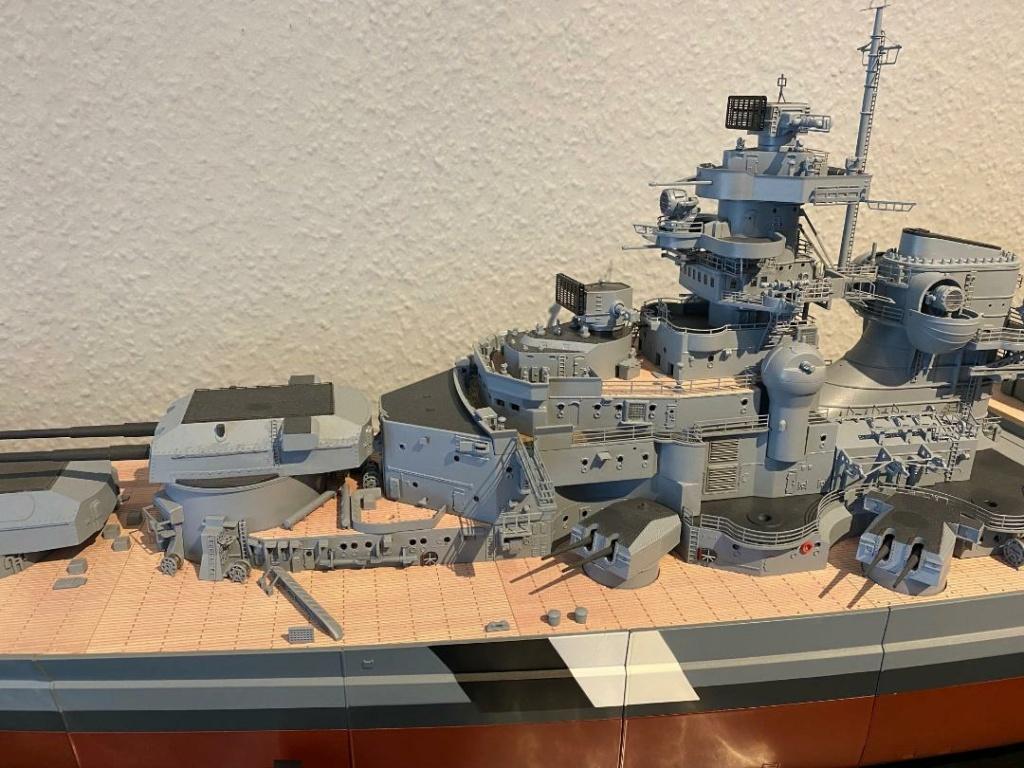 Und noch 'ne Metall-Bismarck - Seite 7 Otter_19