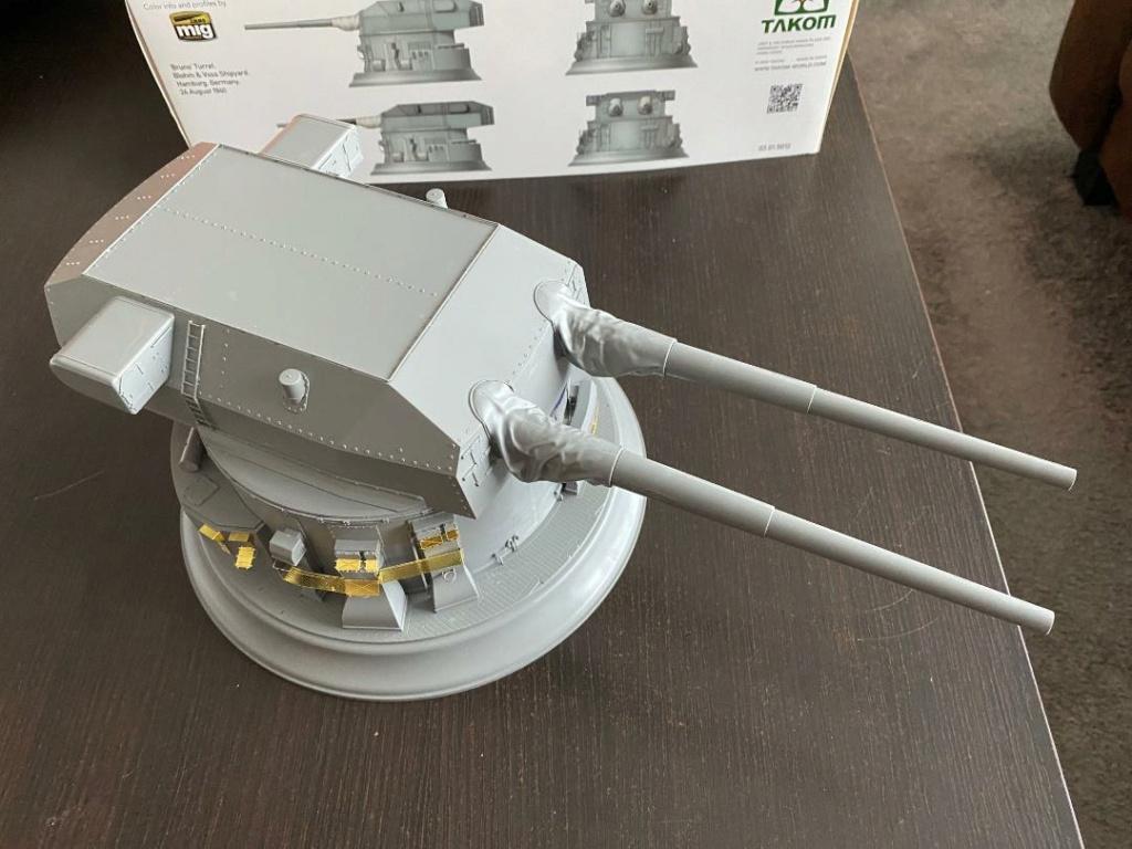 Takom 1:72 Bismarck-Diorama Geschützturm Bruno mit extra Rumpfsegment Takom_34