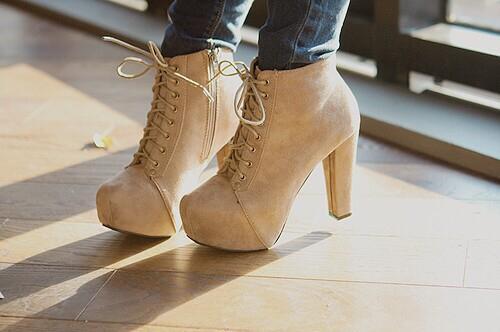 {؛...احذية...؛} للآنــآآقــة عنــوآآن~ 14662911
