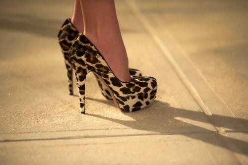 {؛...احذية...؛} للآنــآآقــة عنــوآآن~ Hwaml_11